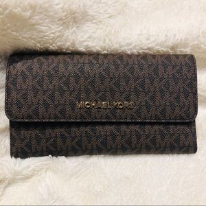 Michael Kors Large Trifold Leather Wallet Brown